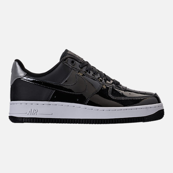 Right view of Women's Nike Air Force 1 '07 SE Premium Casual Shoes in Black/Reflective Silver