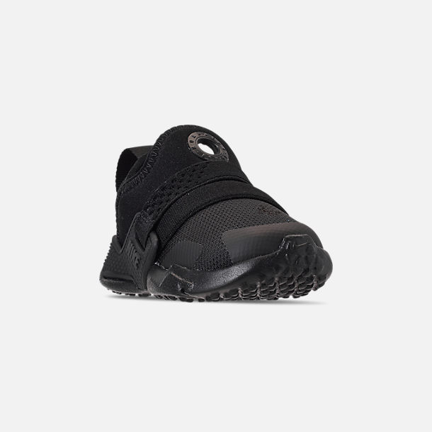 Three Quarter view of Kids' Toddler Nike Huarache Extreme Casual Shoes in Black/Black/Black