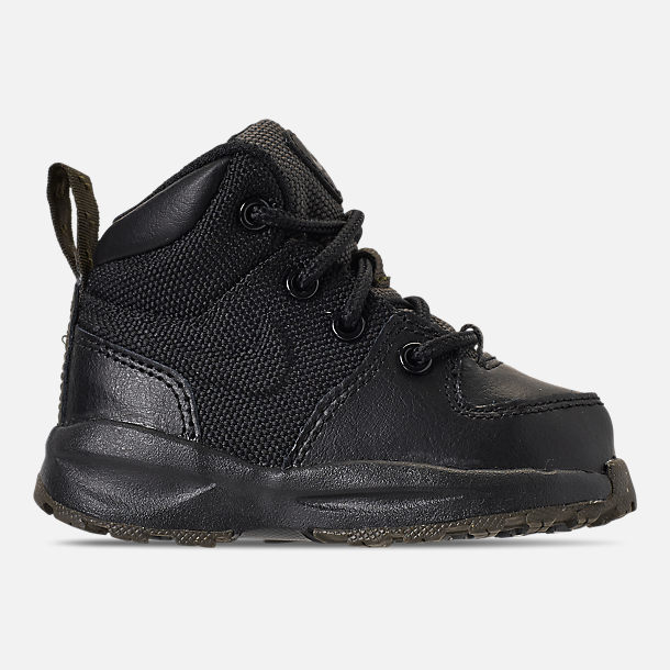 Right view of Boys' Toddler Nike Manoa '17 Boots in Black/Black/Newsprint