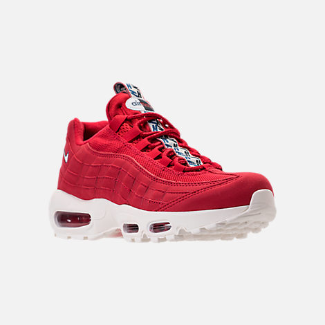 Three Quarter view of Men's Nike Air Max 95 TT Casual Shoes in Red/White/Blue