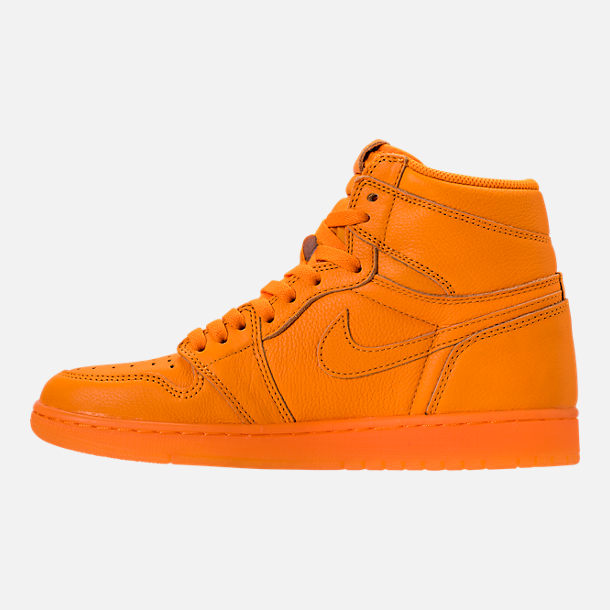 Left view of Men's Air Jordan Retro 1 High OG Basketball Shoes in Orange Peel/Orange Peel