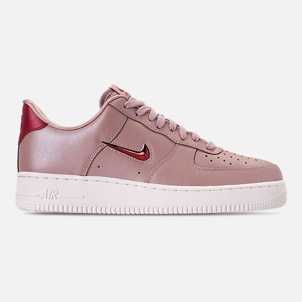 Right view of Men's Nike Air Force 1 '07 LV8 Leather Casual Shoes in Diffused Taupe/Red Crush/Summit White