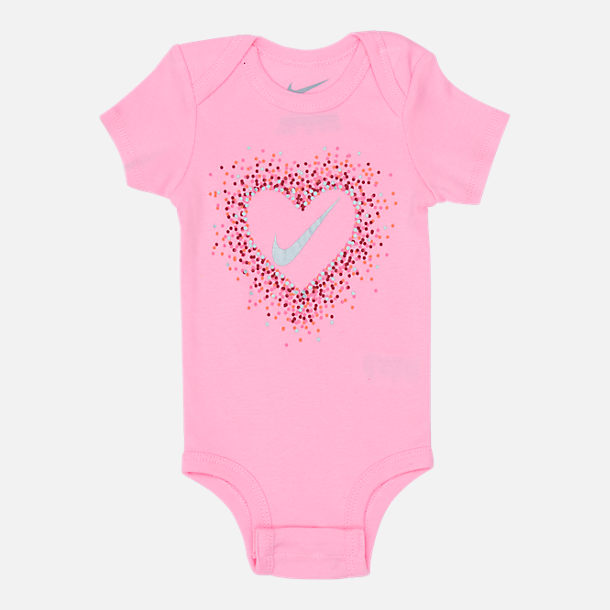 Alternate view of Girls' Infant Nike Glitter Hearts 3-Piece Box Set in Pink/White/Glitter