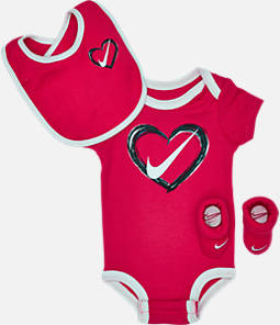 Infant Nike Heart 3-Piece Box Set