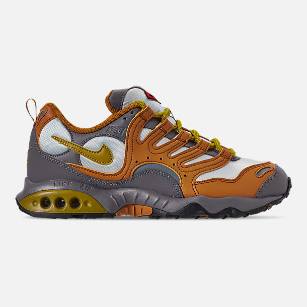 Right view of Men's Nike Air Terra Humara '18 Casual Shoes in Desert Ochre/Dark Citron/Barely Grey