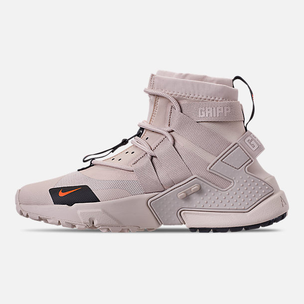 Left view of Men's Nike Huarache Gripp Casual Shoes in Desert Sand/String/Hyper Crimson