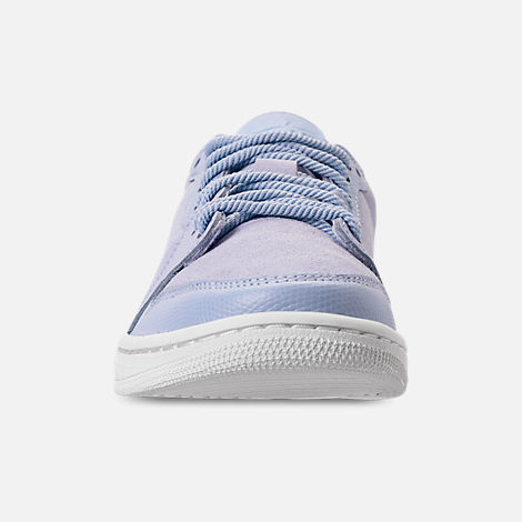 Front view of Women's Air Jordan Retro 1 Low No Swoosh Casual Shoes in Royal Tint/Phantom