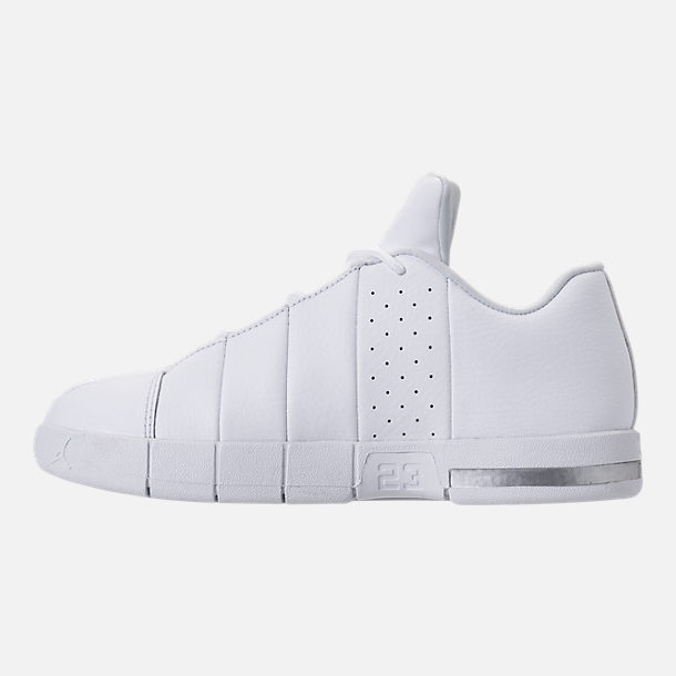 Left view of Boys' Little Kids' Jordan Team Elite 2 Low Casual Shoes in White/Metallic Silver/Pure Platinum