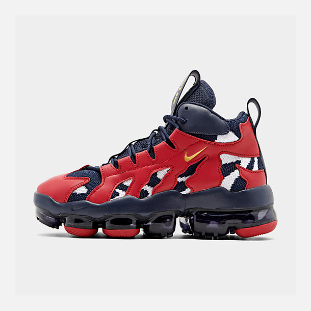 25056653ed6a3 Right view of Men's Nike Air VaporMax Gliese Casual Shoes in Mid  Navy/Metallic Gold