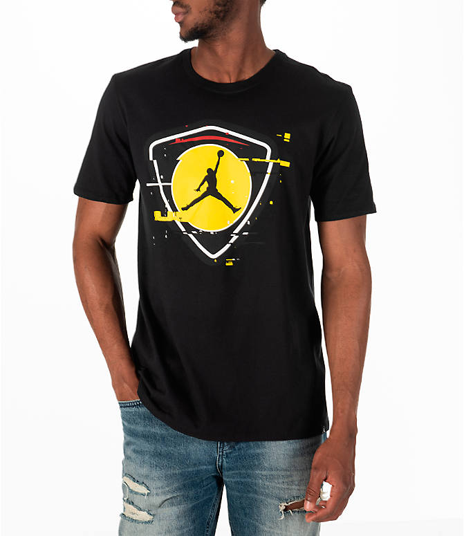 Front view of Men's Jordan Sportswear AJ14 Last Shot T-Shirt in Black/Gold