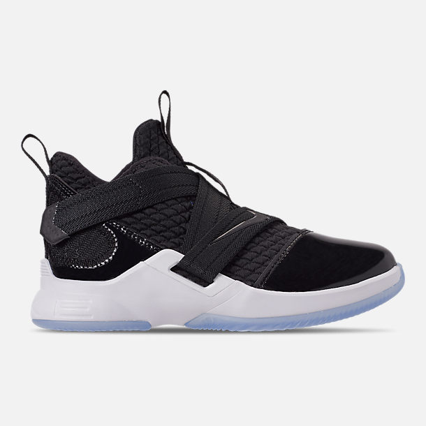 Right view of Boys' Preschool Nike LeBron Soldier 12 SFG Basketball Shoes