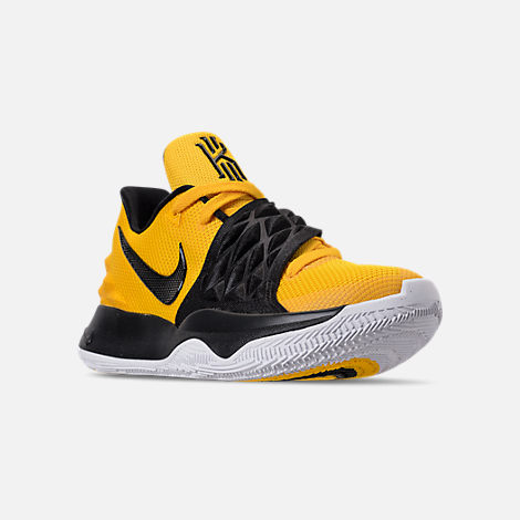 Three Quarter view of Men's Nike Kyrie Low Basketball Shoes in Amarillo/Black