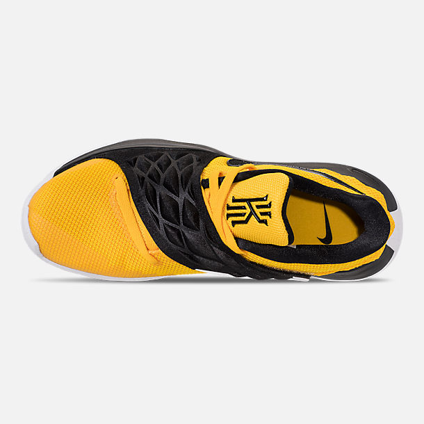 Top view of Men's Nike Kyrie Low Basketball Shoes in Amarillo/Black