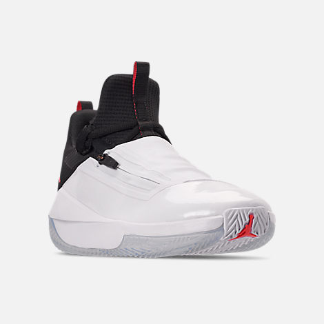 Three Quarter view of Men's Air Jordan Jumpman Hustle Basketball Shoes in White/Infrared 23/Black