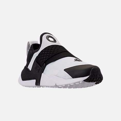 Three Quarter view of Boys' Big Kids' Nike Huarache Extreme Casual Shoes in White/Black