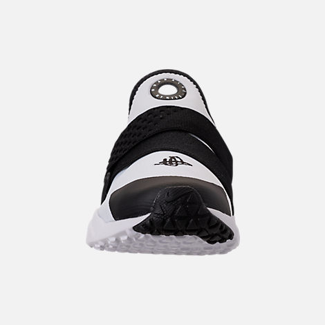 Front view of Boys' Big Kids' Nike Huarache Extreme Casual Shoes in White/Black