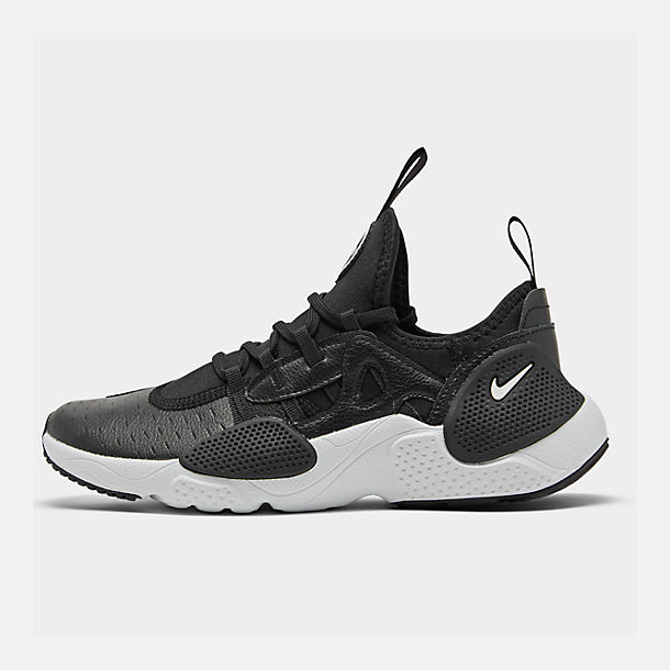 Right view of Boys' Big Kids' Nike Huarache E.D.G.E Casual Shoes in Black/White