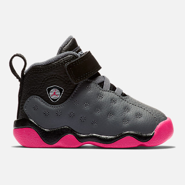 Right view of Girls' Toddler Jordan Jumpman Team II Basketball Shoes in Dark Grey/Vivid Pink/Black/Metallic