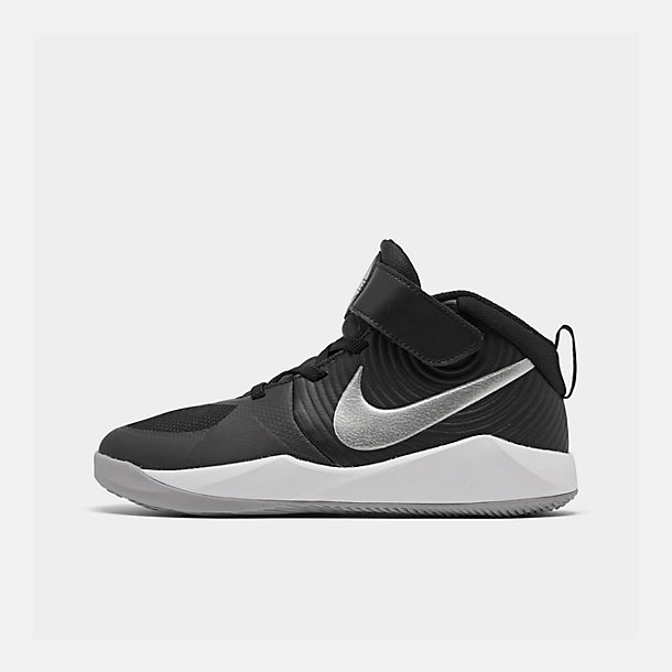 Right view of Boys' Little Kids' Nike Team Hustle D 9 Basketball Shoes in Black/Metallic Silver/Wolf Grey/White