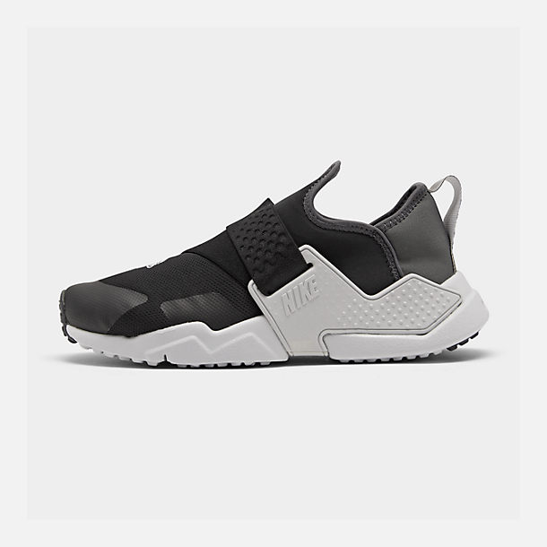 Right view of Big Kids' Nike Huarache Extreme SE JDI Casual Shoes in Black/Metallic Silver/Dark Grey/Pure Platinum