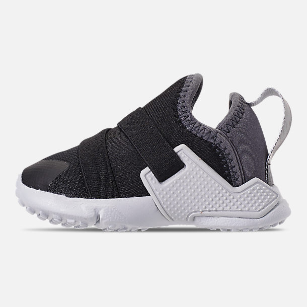 Left view of Kids' Toddler Nike Huarache Extreme SE Casual Shoes in Black/Metallic Silver/Dark Grey