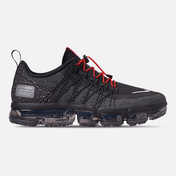 Right view of Men's Nike Air VaporMax Run Utility Running Shoes in Black/Reflect Silver/Anthracite