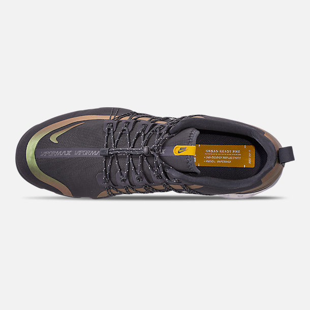 Top view of Men's Nike Air VaporMax Run Utility Running Shoes in Dark Grey/Amarillo/Black