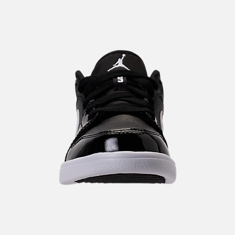 Front view of Kids' Preschool Air Jordan Retro 1 Low Basketball Shoes in Black/White