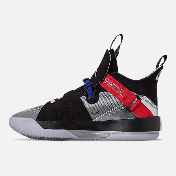 Left view of Men's Air Jordan XXXIII Basketball Shoes in Metallic Silver/Black