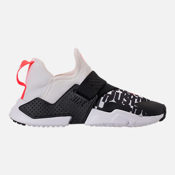 Right view of Big Kids' Nike Huarache Extreme Just Do It Print Casual Shoes in White/Bright Crimson/Black/Wolf Grey