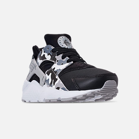 Three Quarter view of Boys' Grade School Nike Air Huarache Run Print Casual Shoes