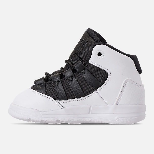 Left view of Boys' Toddler Jordan Max Aura Basketball Shoes in White/Black/Black