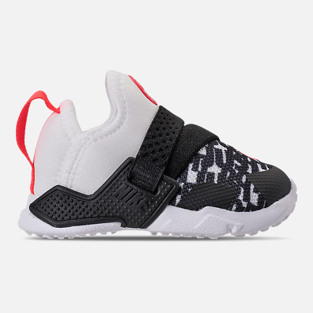 Right view of Boys' Toddler Nike Huarache Extreme Running Shoes in White/Bright Crimson/Black/Wolf Grey