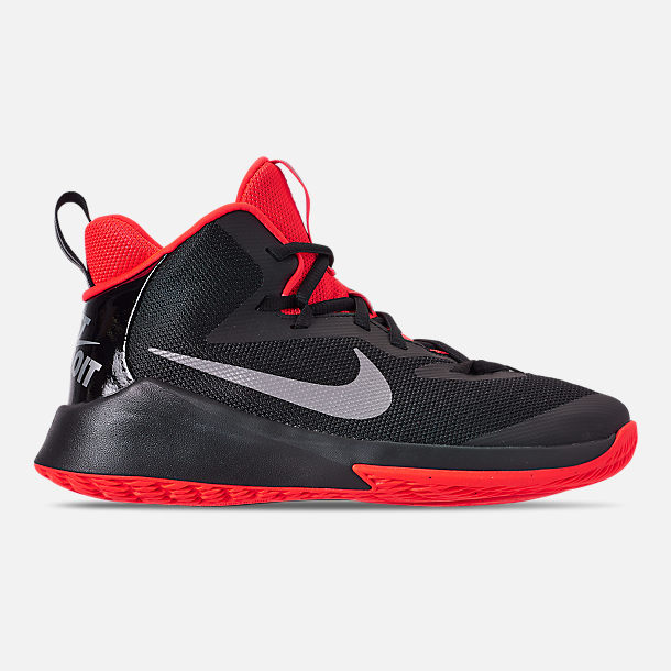 Right view of Boys' Grade School Nike Future Court Basketball Shoes in Black/Reflect Silver/Bright Crimson