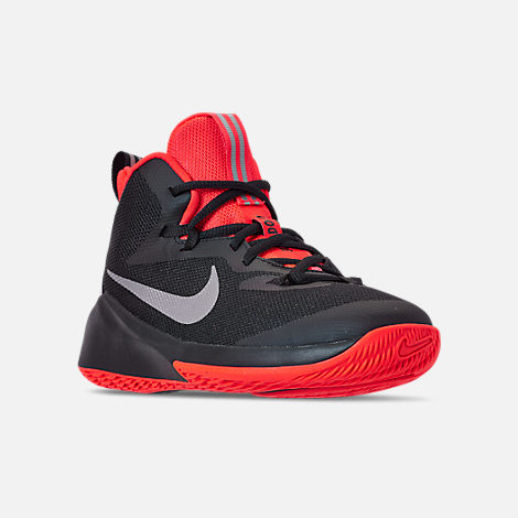 Three Quarter view of Boys' Big Kids' Nike Future Court Basketball Shoes in Black/Reflect Silver/Bright Crimson
