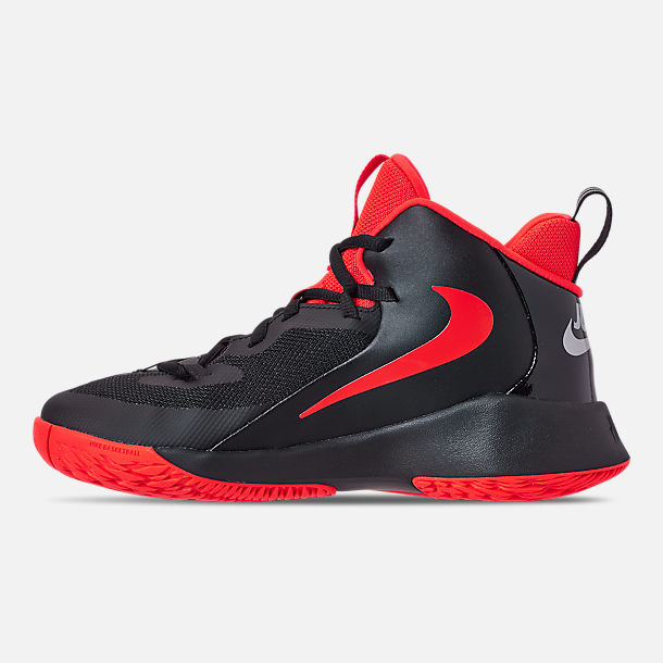 Left view of Boys' Big Kids' Nike Future Court Basketball Shoes in Black/Reflect Silver/Bright Crimson
