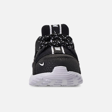 Front view of Boys' Toddler Nike Huarache Run SE Running Shoes in Black/Black/White
