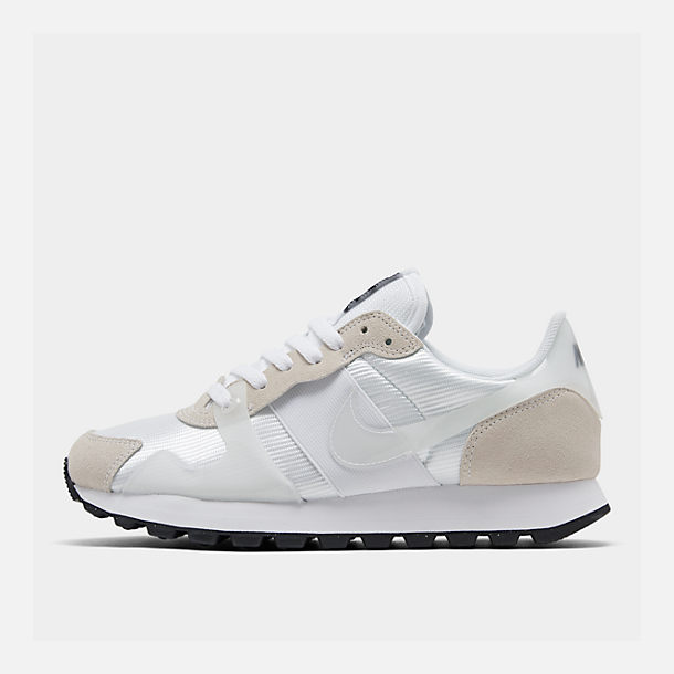 c8e28befc6f8bd Right view of Women s Nike V-Love O.X. Casual Shoes in White White