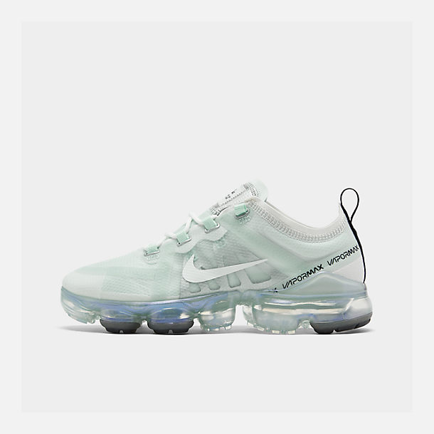 Right view of Women's Nike Air VaporMax 2019 Running Shoes in Ghost Aqua/Summit White/Black/Metal
