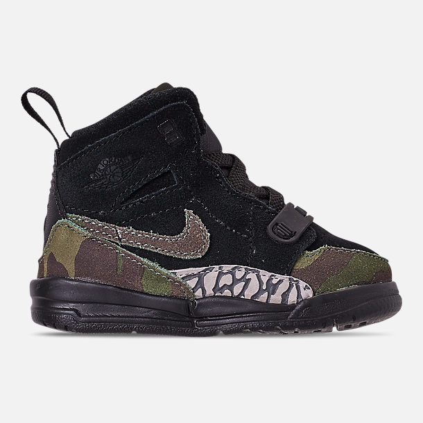 Right view of Boys' Toddler Air Jordan Legacy 312 Off-Court Shoes in Black/Camo Green/Volt