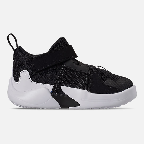 Right view of Boys' Toddler Air Jordan Why Not Zer0.2 Basketball Shoes in Black/White
