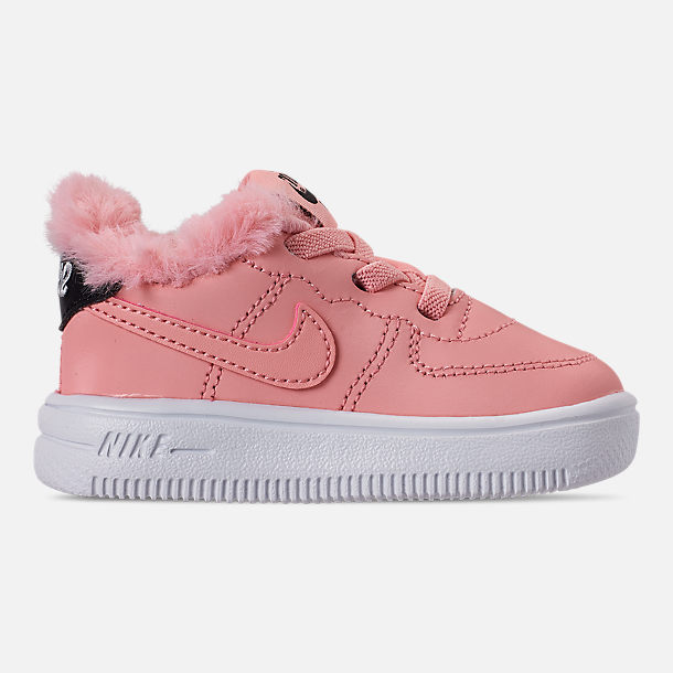 Right view of Girls' Toddler Nike Air Force 1 '18 Casual Shoes in Bleached Coral/Bleached Coral/Black