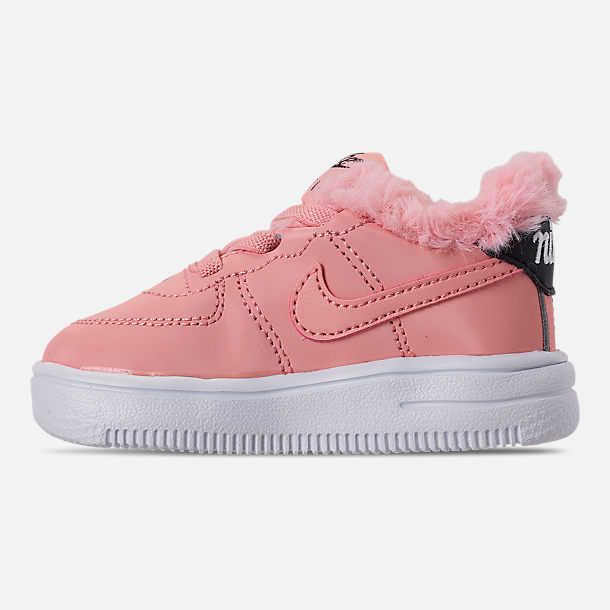 Left view of Girls' Toddler Nike Air Force 1 '18 Casual Shoes in Bleached Coral/Bleached Coral/Black