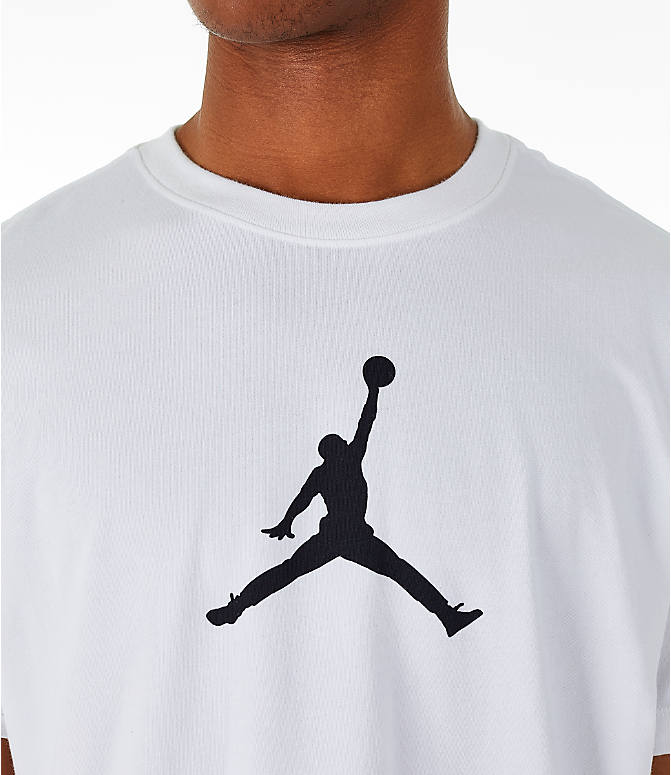 Detail 1 view of Men's Jordan Iconic 23/7 Training T-Shirt in White/Black