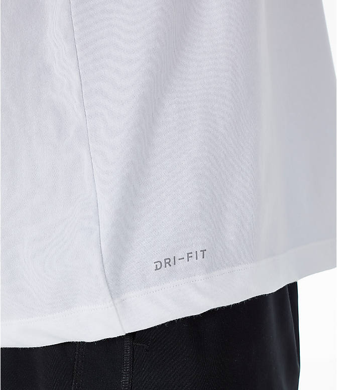 Detail 2 view of Men's Jordan Iconic 23/7 Training T-Shirt in White/Black