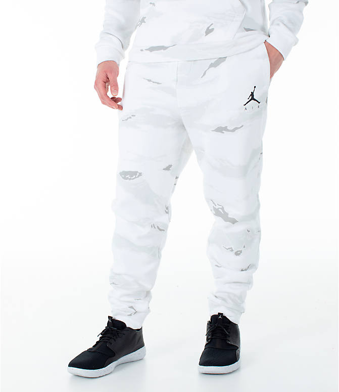 Front view of Men's Jordan Sportswear Jumpman Camo Jogger Pants in White