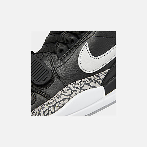 Front view of Men's Air Jordan Legacy 312 Off-Court Shoes in Black/White