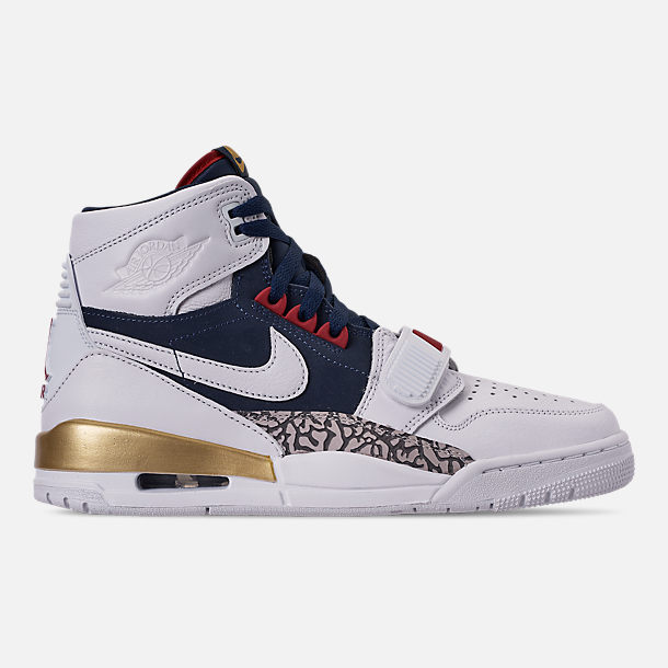 d21e2a291c7 Right view of Men's Air Jordan Legacy 312 Off-Court Shoes in White/White