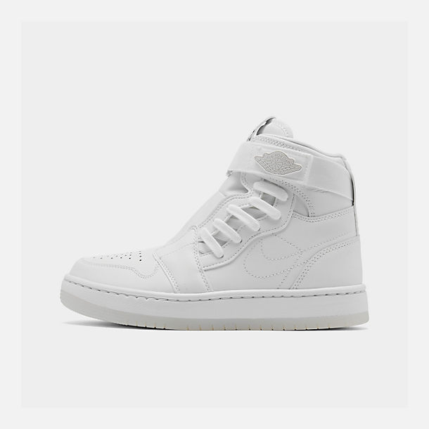 Right view of Women's Air Jordan 1 Nova XX Casual Shoes in White/Black/White
