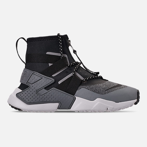 Right view of Boys' Big Kids' Nike Air Huarache Gripp Shield Casual Shoes in Atmosphere Grey/Black/Vast Grey